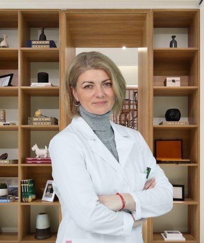Dr Danijela Manov